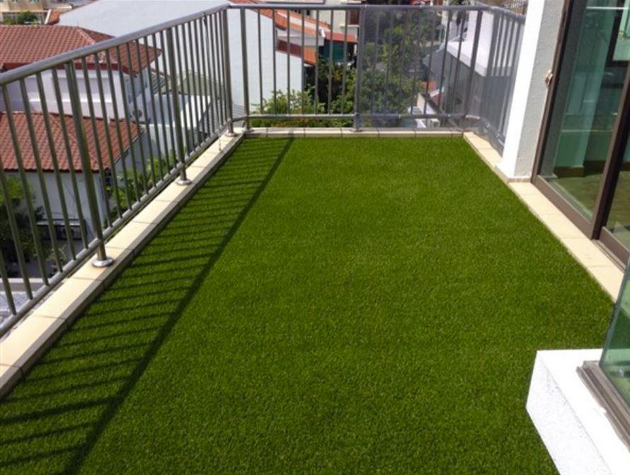 balcony synthetic grass