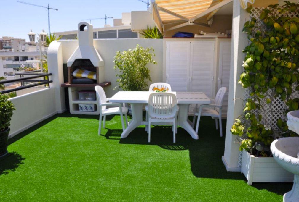fake grass terrace